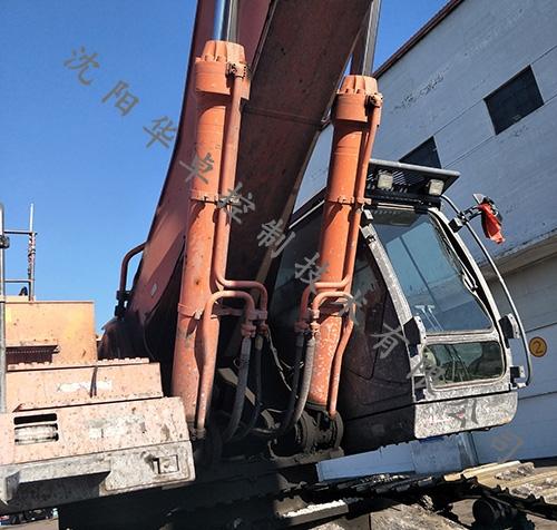 大型工程车辆油缸维修